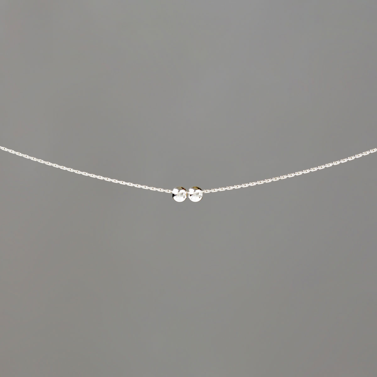 Small Balls on Silver Stringing Chain Necklace