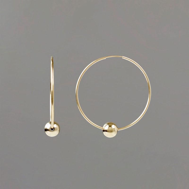 Medium Hoop Earring in Gold